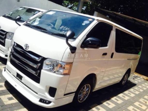 Kdh Van Available for Rent in Colombo
